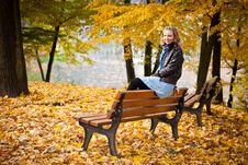Free Girl In Autumn Park Royalty Free Stock Photos - 16898078