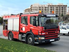 Free Firemen Truck Stock Photos - 1692863