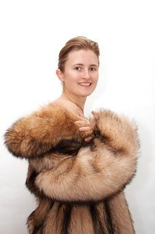 Free Woman In Fur Royalty Free Stock Photography - 1694947