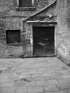 Free Old House In Venice Royalty Free Stock Images - 1699659