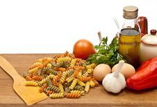 Free Ingredients And Spaghetti Royalty Free Stock Photography - 16902737