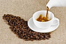 Free Pouring Coffee Stock Photos - 16907113