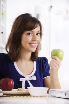 Free Breakfast Of Young Woman Royalty Free Stock Photos - 16909758