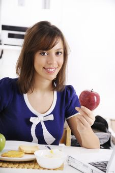 Free Breakfast Of Young Woman Royalty Free Stock Photos - 16909808