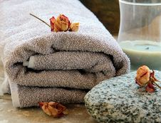 Free Gray Towel With A Rock Royalty Free Stock Image - 16909826