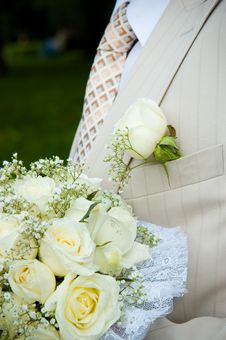 Free Groom S Buttonhole And Bouquet Stock Photos - 16910433