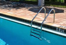 Free Swimming Pool Ladder Stock Images - 16912294