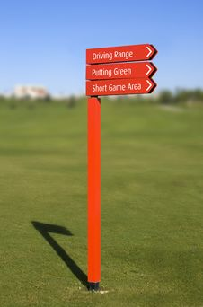 Free Golf Course Direction Signs Royalty Free Stock Photography - 16915527