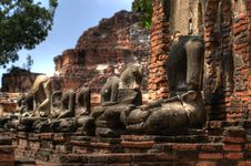 Free Buddha Statue At Ayutthaya Royalty Free Stock Images - 16916189
