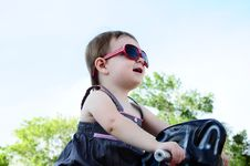 Free Little Girl At Park Royalty Free Stock Images - 16916679