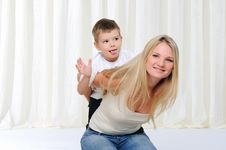 Free Young Mother And Son Stock Images - 16917184