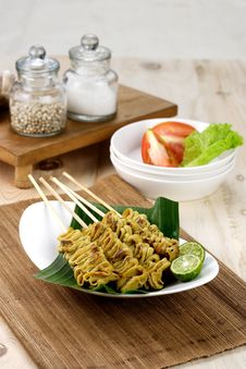 Free Chicken Bowel Satay Royalty Free Stock Photography - 16917877