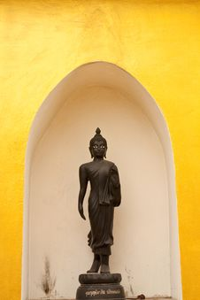 Black Monk Statue Royalty Free Stock Photos