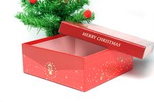 Free Red Gift Box And Christmas Tree Royalty Free Stock Images - 16919689
