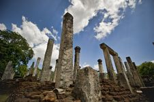 Free Stone Ruins Of Royal Palace Stock Photo - 16924890