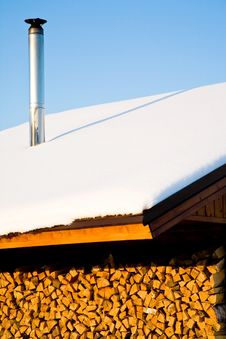 Housetop In Winter Royalty Free Stock Image