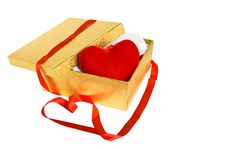 Free Gold Box With Red Heart Royalty Free Stock Image - 16929166