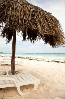 Free Empty Beach Stock Photography - 16931242
