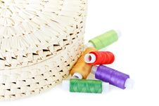 Free Handmade Woven Box With Spools Of Thread Royalty Free Stock Photos - 16931448