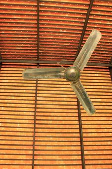 Free Classical Ceiling Fan Royalty Free Stock Photography - 16931677