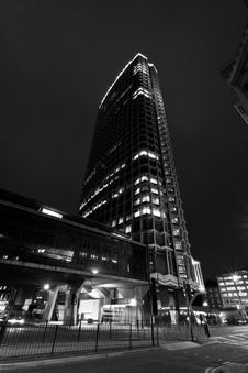 Free London, Centre Point Royalty Free Stock Photos - 16931738