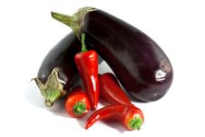 Free Eggplants & Peppers Royalty Free Stock Images - 16932869