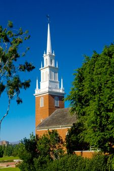 Free Small Rural Church With Blue Sky Royalty Free Stock Images - 16933829