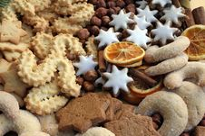 Free Christmas Cookies Royalty Free Stock Images - 16936039
