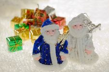 Free Toy Santa Claus And Gift. Royalty Free Stock Photography - 16937457