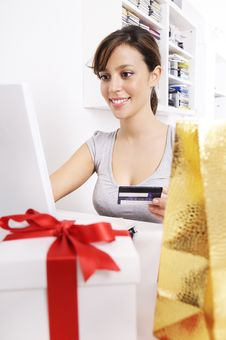 Free Young Woman In Shopping On-line Stock Image - 16942981