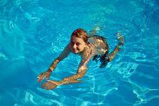 Free Child Has Fun In The Pool Stock Image - 16943111