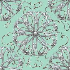 Free Silver Abstract Flower Pattern Royalty Free Stock Photos - 16943428
