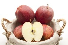 Free Halved Apple Stock Photography - 16943582