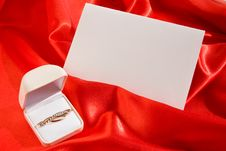 Free Jewerly  Box And Empty Card Royalty Free Stock Image - 16943996