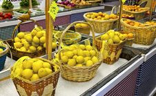 Free Fruit Stand Stock Images - 16946924