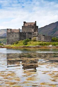 Free Eilean Donan Castle Stock Image - 16947811