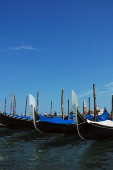 Free Gondolas And Blue Sky Stock Photos - 16948323