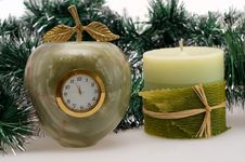 Free Desktop Clock And Candle Stock Photography - 16951692