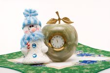 Free Snowman And Clock Royalty Free Stock Photography - 16952517