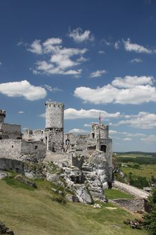 Free Castle Ogrodzieniec Royalty Free Stock Photography - 16952707