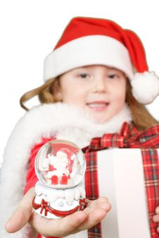 Free Little Girl Whit Snowball Royalty Free Stock Image - 16956096