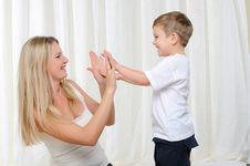 Free Young Mother And Son Stock Images - 16960354
