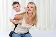 Free Young Mother And Son Stock Photos - 16960883