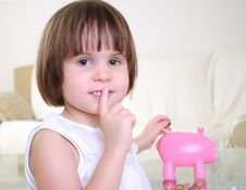 Free Little Girl Hides Her Money Royalty Free Stock Photography - 16961827