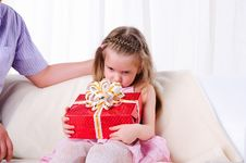 Free Father Gives His Young Daughter Stock Photography - 16961852