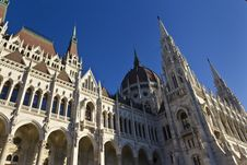 Free Hungarian Parliament Building Royalty Free Stock Photography - 16962497