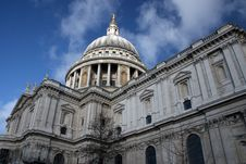 Free Saint Pauls Cathedral, Stock Image - 16965951