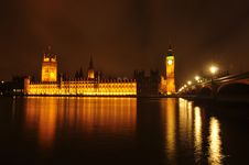 The Houses Of Parliament At Night Stock Photo