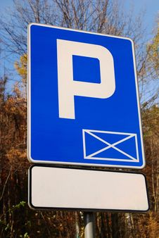 Free Parking Signal In A Forest Stock Photo - 16970160