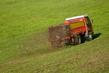 Free Working Tractor Stock Photography - 16970432